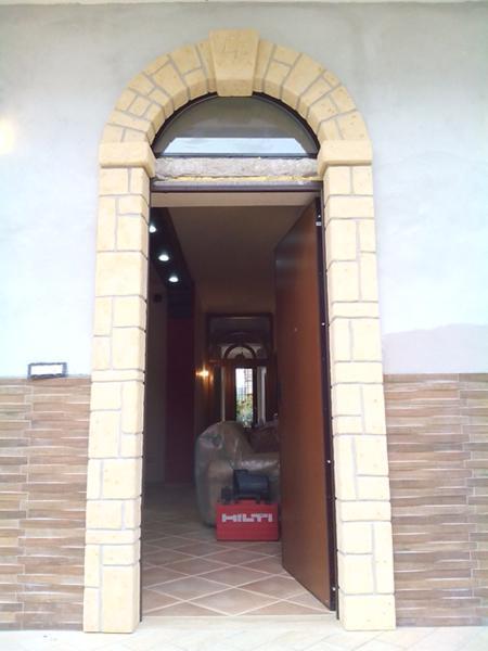 Rivestimento Soffitto In Polistirolo: Travi i in polistirolo finto legno a ca...